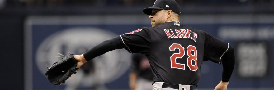 Cleveland Indians starter Corey Kluber pitches against the Tampa Bay Rays during the sixth inning of a baseball game, Sunday, Aug. 13, 2017, in St. Petersburg, Fla. (AP Photo/Steve Nesius)